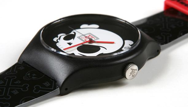 Huck Gee's Vannen XL Artist Watch
